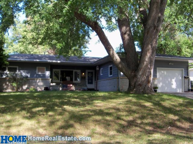3818 S 16th Street, Lincoln, NE 68502 (MLS #10138875) :: Nebraska Home Sales
