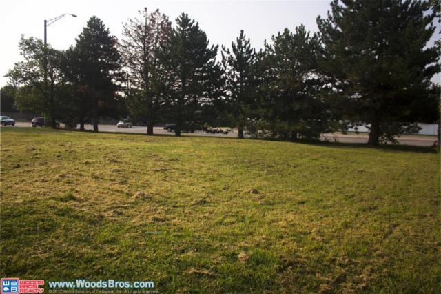 6941 Beaver Creek Lane, Lincoln, NE 68516 (MLS #10140110) :: Nebraska Home Sales