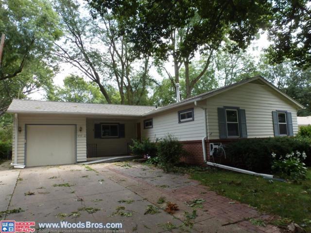 3710 S 20th Street, Lincoln, NE 68502 (MLS #10140205) :: Nebraska Home Sales