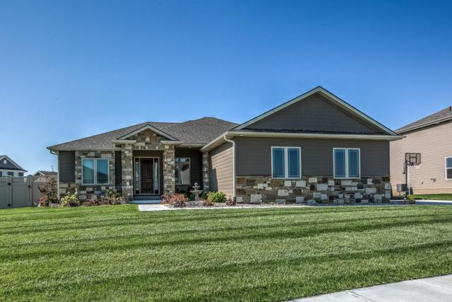 1235 Shadow Moss Drive, Lincoln, NE 68521 (MLS #10140277) :: Lincoln's Elite Real Estate Group