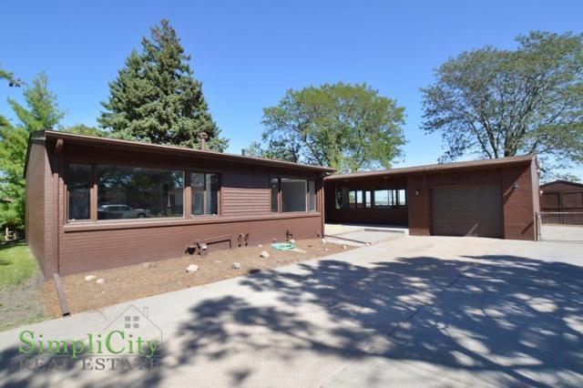 3820 Castle Circle, Lincoln, NE 68524 (MLS #10140984) :: Lincoln's Elite Real Estate Group