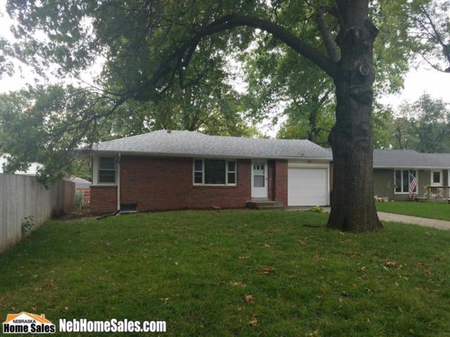 6517 Bradley Avenue, Lincoln, NE 68507 (MLS #10141327) :: Nebraska Home Sales