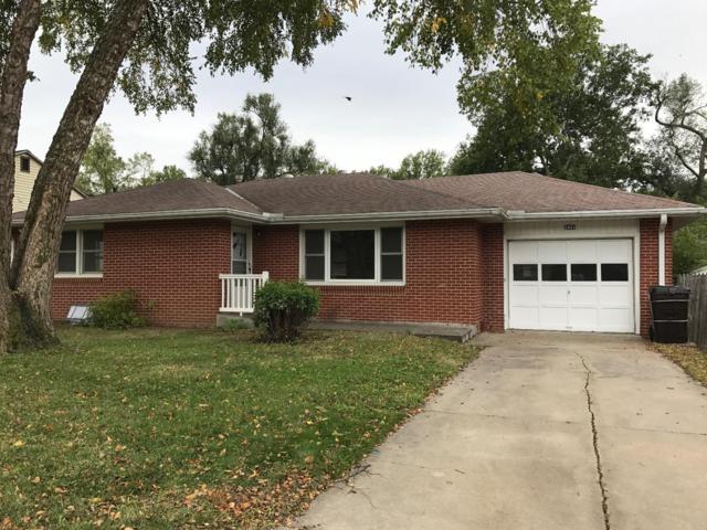 2431 S 38th Street, Lincoln, NE 68506 (MLS #10141500) :: Nebraska Home Sales
