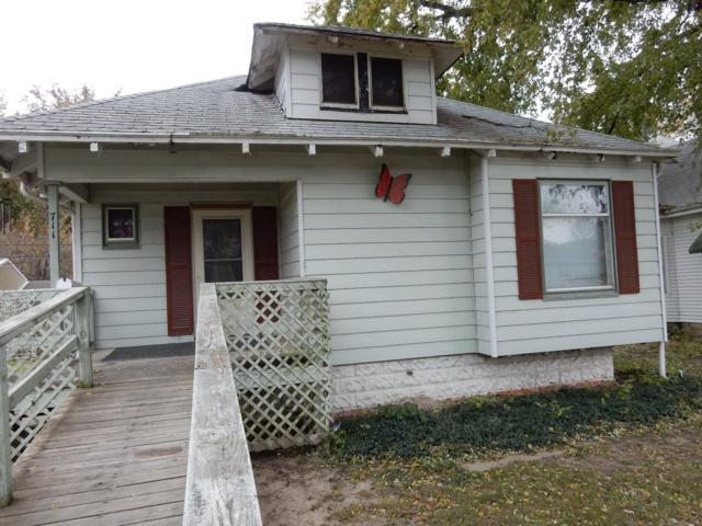 711 High, Beatrice, NE 68310 (MLS #10141987) :: Nebraska Home Sales