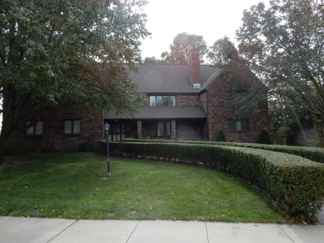 2305 Elk St, Beatrice, NE 68310 (MLS #10142269) :: Nebraska Home Sales