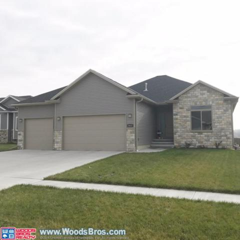 9457 Southern Sky Circle, Lincoln, NE 68505 (MLS #10142401) :: Lincoln's Elite Real Estate Group