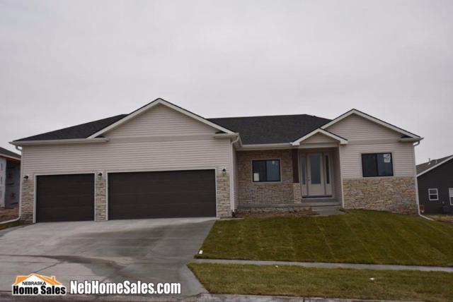 7357 Water Well Ln., Lincoln, NE 68516 (MLS #10142828) :: Nebraska Home Sales