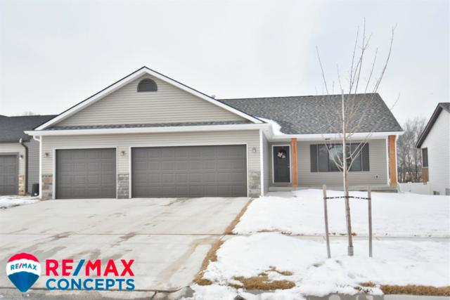 1311 SW Kelsey Circle, Lincoln, NE 68522 (MLS #10143980) :: Lincoln Select Real Estate Group