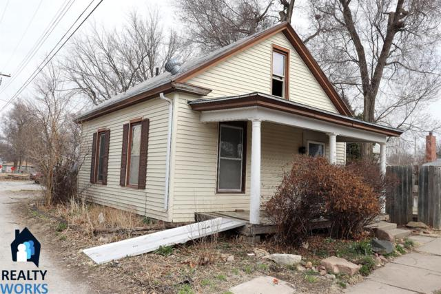 2760 W Street, Lincoln, NE 68503 (MLS #10144769) :: Nebraska Home Sales