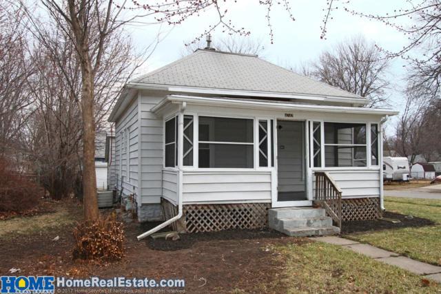 4242 Saint Paul Street, Lincoln, NE 68504 (MLS #10144782) :: Nebraska Home Sales