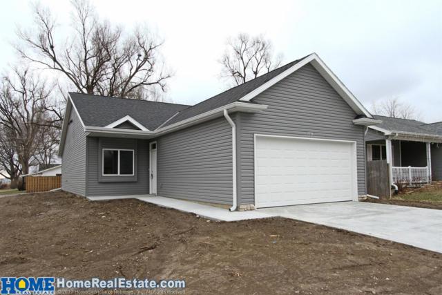 201 W Dawes Avenue, Lincoln, NE 68521 (MLS #10145004) :: Nebraska Home Sales