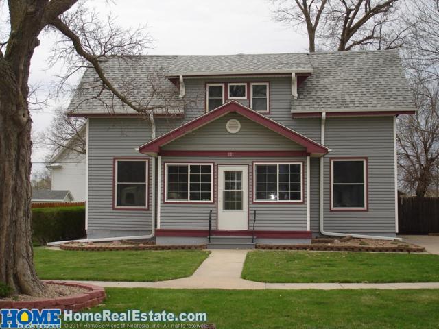221 W Edwin Street, Ceresco, NE 68017 (MLS #10146307) :: Nebraska Home Sales