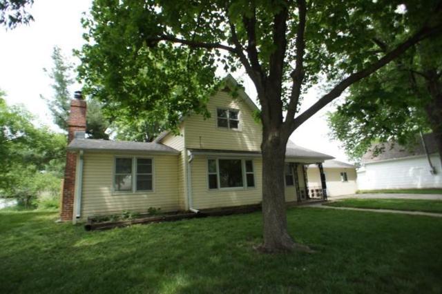 219 Pine Street, Pleasant Dale, NE 68423 (MLS #10146408) :: Nebraska Home Sales