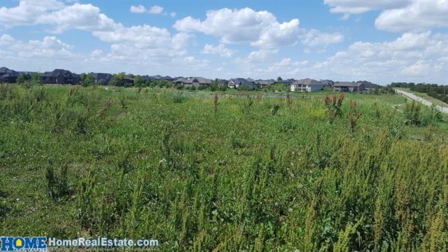 7702 S 97th Bay, Lincoln, NE 68526 (MLS #10146579) :: Nebraska Home Sales