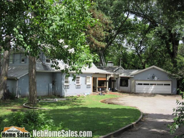 2040 S 35, Lincoln, NE 68506 (MLS #10147300) :: Nebraska Home Sales