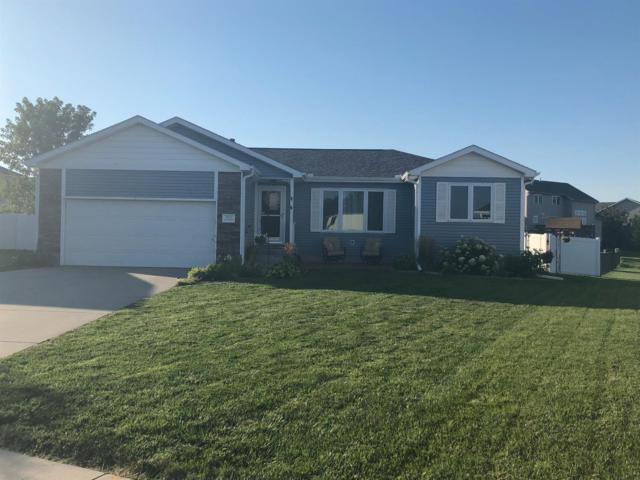 7620 Glynoaks Court, Lincoln, NE 68516 (MLS #10148013) :: Nebraska Home Sales