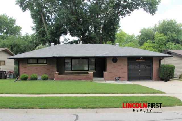 939 Colony Lane, Lincoln, NE 68505 (MLS #10148019) :: Nebraska Home Sales