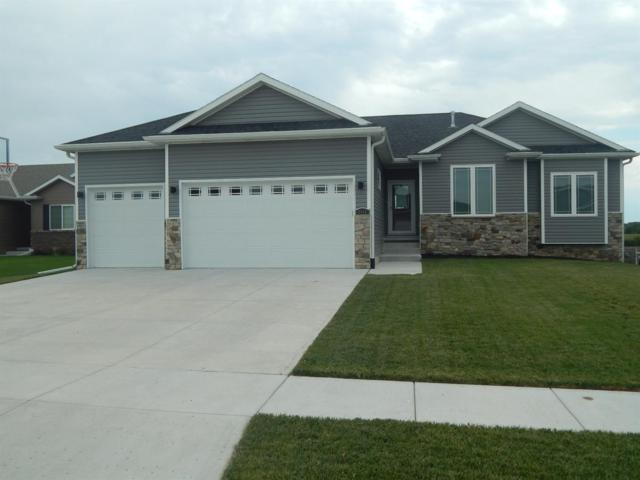 9465 Southern Sky Circle, Lincoln, NE 68505 (MLS #10148239) :: Nebraska Home Sales