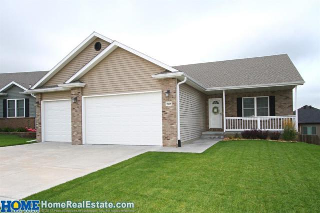 9629 Yellow Pine Road, Lincoln, NE 68505 (MLS #10148822) :: Nebraska Home Sales