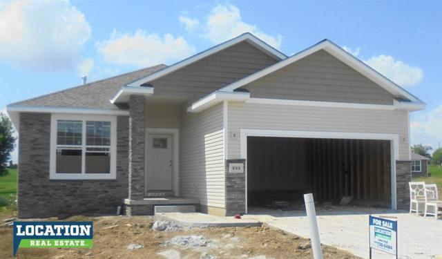 201 Pebble Beach, Lincoln, NE 68520 (MLS #10149038) :: Nebraska Home Sales