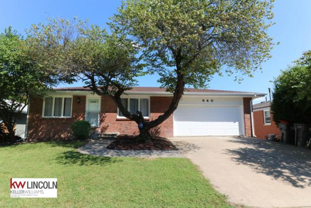 640 Windsor Drive, Lincoln, NE 68528 (MLS #10149936) :: Lincoln Select Real Estate Group