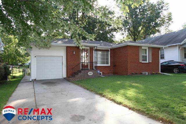 2740 S 11, Lincoln, NE 68502 (MLS #10149947) :: Nebraska Home Sales