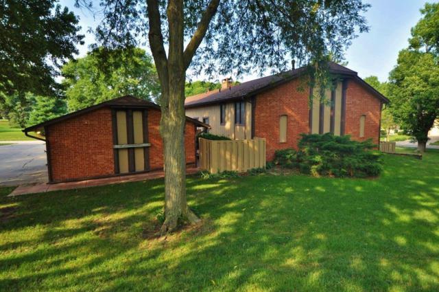 7300 South Street #4, Lincoln, NE 68506 (MLS #10150303) :: Nebraska Home Sales