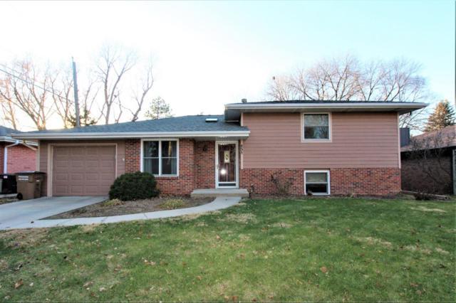 851 S 51 Street, Lincoln, NE 68510 (MLS #10151537) :: Nebraska Home Sales
