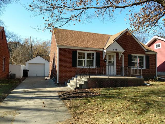 907 S 40 Street, Lincoln, NE 68510 (MLS #10151612) :: Nebraska Home Sales