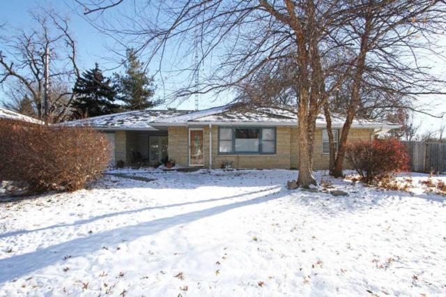 3330 S 33rd Street, Lincoln, NE 68506 (MLS #10151780) :: Nebraska Home Sales