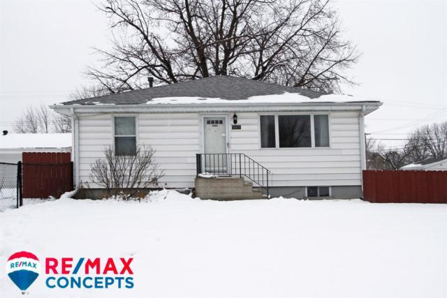 245 NW 16th Street, Lincoln, NE 68528 (MLS #10152785) :: Nebraska Home Sales