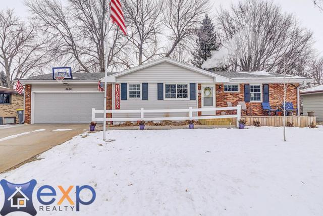 8620 Sandalwood Drive, Lincoln, NE 68520 (MLS #10152987) :: Lincoln Select Real Estate Group