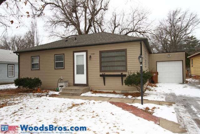 1929 S Cotner Boulevard, Lincoln, NE 68506 (MLS #10153322) :: Lincoln Select Real Estate Group