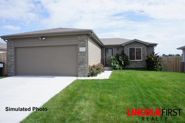 1611 SW Derek Avenue, Lincoln, NE 68522 (MLS #10153738) :: Nebraska Home Sales