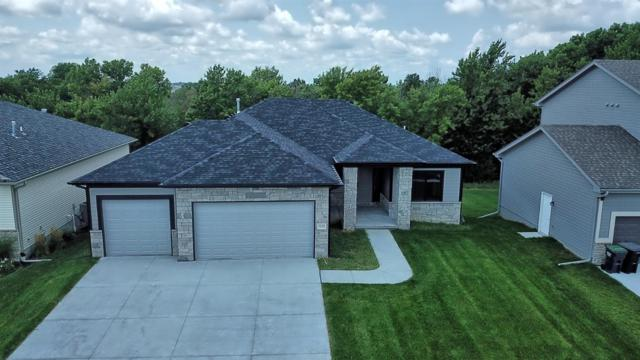 7535 S 77th Street, Lincoln, NE 68516 (MLS #10148028) :: Lincoln Select Real Estate Group