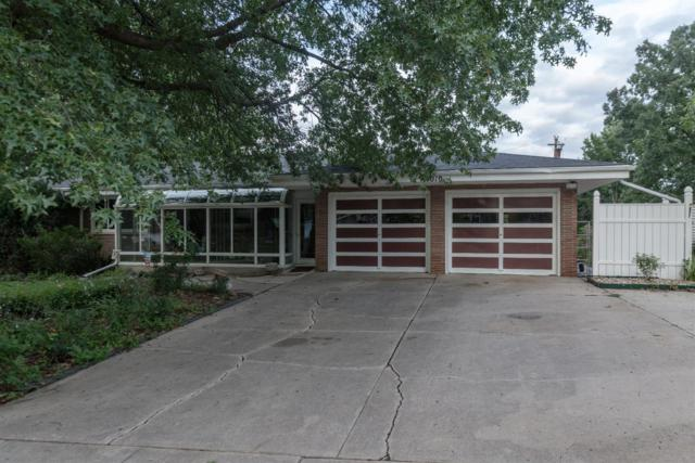 4010 N 15th Street, Lincoln, NE 68521 (MLS #10149673) :: The Briley Team