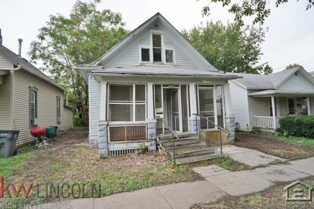 1835 S 11th Street, Lincoln, NE 68502 (MLS #10150356) :: Nebraska Home Sales