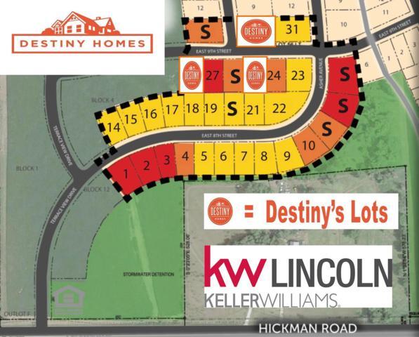 1405 E 9th Street, Hickman, NE 68372 (MLS #10152791) :: Lincoln Select Real Estate Group