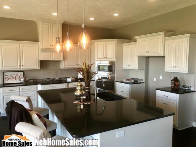 3015 Tree Line Dr, Lincoln, NE 68516 (MLS #10153101) :: Nebraska Home Sales