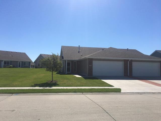 614 Carlton Drive, Lincoln, NE 68512 (MLS #10138863) :: Nebraska Home Sales
