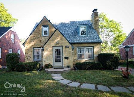 3742 H Street, Lincoln, NE 68510 (MLS #10140960) :: Lincoln's Elite Real Estate Group