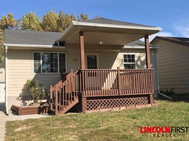 1022 Nelson Street, Lincoln, NE 68521 (MLS #10141673) :: Nebraska Home Sales