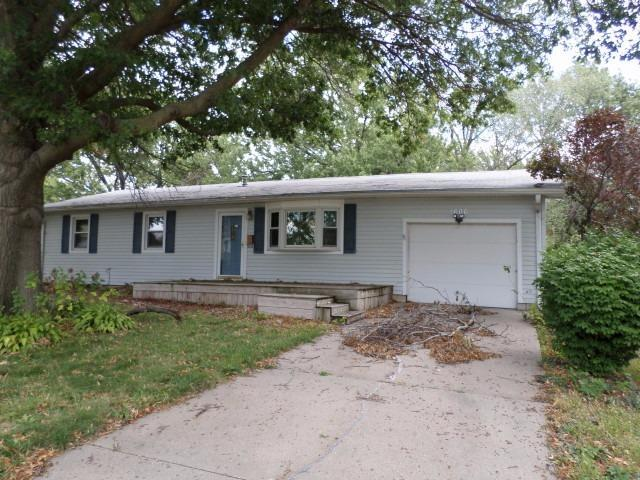 1606 N 15th Street, Beatrice, NE 68310 (MLS #10142311) :: Lincoln's Elite Real Estate Group
