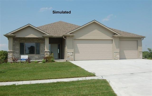 1641 W Big Sky Road, Lincoln, NE 68521 (MLS #10142748) :: Nebraska Home Sales