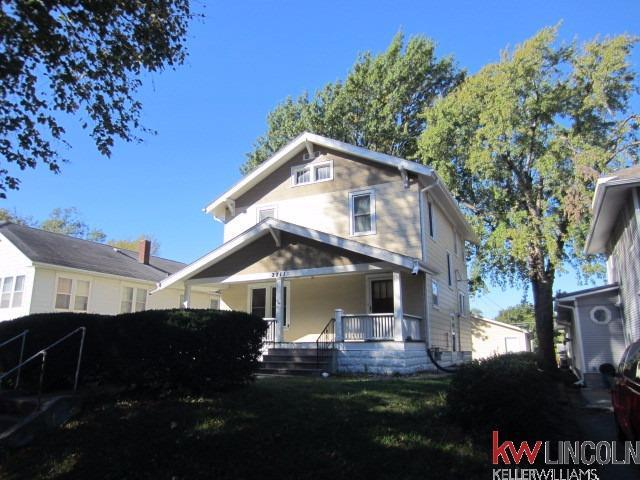 2711 S 13 Street, Lincoln, NE 68502 (MLS #10144102) :: Lincoln Select Real Estate Group
