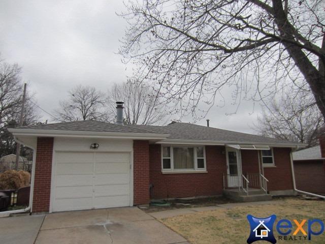 5525 S Street, Lincoln, NE 68504 (MLS #10145435) :: Nebraska Home Sales