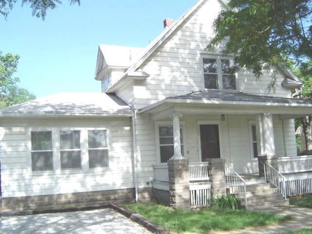 1529 S 9th Street, Lincoln, NE 68502 (MLS #10147867) :: Nebraska Home Sales