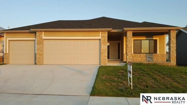 1641 W Big Sky Road, Lincoln, NE 68521 (MLS #10148054) :: Lincoln Select Real Estate Group