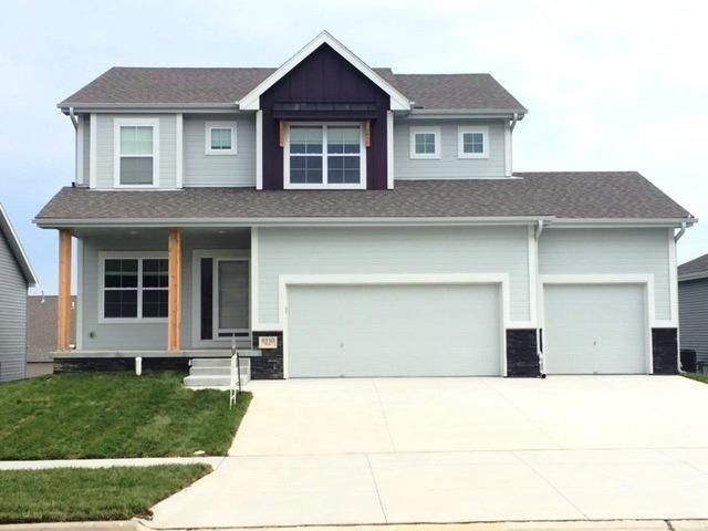 9330 Berg Drive, Lincoln, NE 68505 (MLS #10148244) :: Nebraska Home Sales
