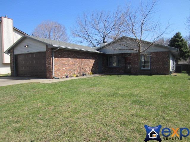 3831 Pioneers Boulevard, Lincoln, NE 68516 (MLS #10145359) :: Nebraska Home Sales